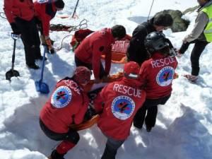 Χιονοστιβάδες: Ποιοι είναι οι κίνδυνοι και τι πρέπει να προσέχουμε - Εκπαιδευτικά προγράμματα της Ελληνικής Ομάδας Διάσωσης